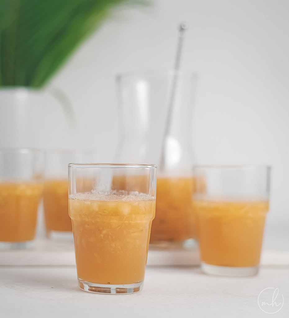 muskmelon and jaggery panaka placed in small glass and in a tumbler